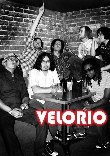 Nye With Veloro - rock en espa�ol - rockeros.net