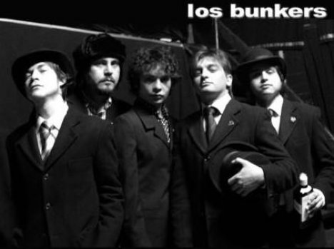 Los Bunkers En El Cafe Sevilla Restaurant Y Night Club San Diego Ca - rock en espa�ol - rockeros.net
