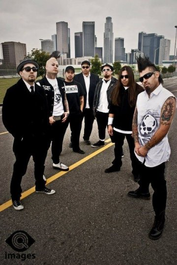 Chencha Berrinches Son Locuaz Hecho Mal En El House Of Blues De Los Angeles Ca - rock en espa�ol - rockeros.net